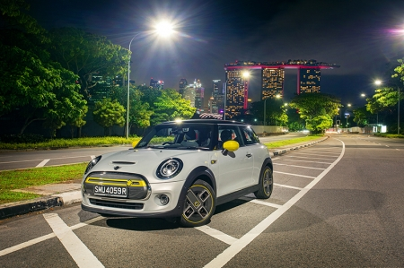 The official figures are 181 bhp, 270 Nm of torque and a 0-100 km/h timing of 7.3 seconds. But in reality, the car feels a lot more lively than the numbers suggest. But the beauty of it all is that the fine handling characteristics of the MINI have been retained and the little electrified hatch is still a fun runabout to pilot. Taking it around a series of bends feels like you're driving an electric go-kart (with music and air-con!).