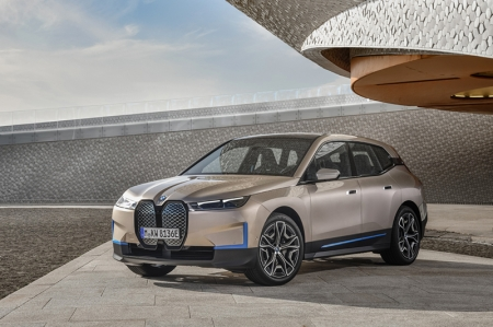 As we approach one of the most impactful evolutions of the automotive landscape, where electric cars will slowly-but-surely be a mainstay, BMW has made its mark with the all-new, all-electric iX SAV.