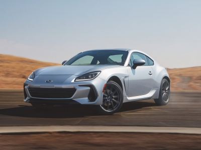 Much to the disappointment of the former group, the second-generation Subaru BRZ broke cover this week with an engine that didn't feature forced induction. Despite the absence of a turbocharger, however, the new BRZ still offers a power bump over its predecessor.