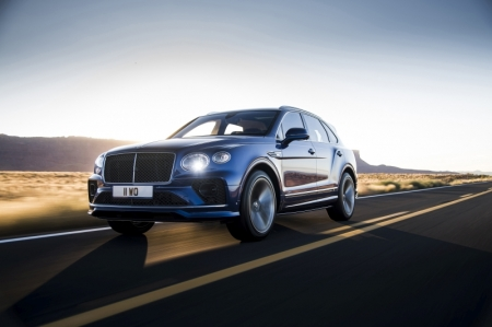 The Bentayga Speed gets several exterior styling cues to hint at its performance credentials, including dark-tinted grilles, headlights, taillights and wheels. More obvious tell-tale signs of the 626 bhp that lurk beneath the bonnet are the body-coloured side skirts, larger rear spoiler, and large oval tailpipes.