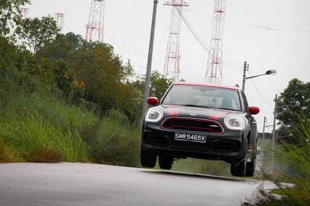This isn't an all-new car of course, nor is it even a facelift (that comes next year, when the Countryman gets new headlights and Union Jack-themed taillights just like the rest of the Mini range, as well as new digital displays). But though it looks no different, the 2020 Countryman JCW's updates run far deeper than facelifts conventionally do.