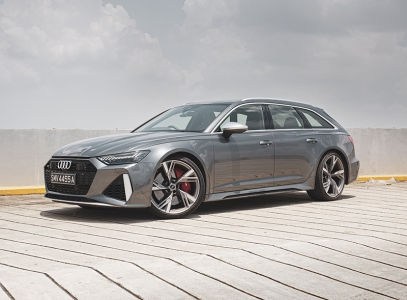 But I'm guessing the RS6 caters to owners who would be in their late '40s or mid to late '50s. These guys have enough money to buy whatever they want, and probably already have (or had) whatever they fancied (think Ferrari 488, Porsche GT3 or McLaren 600LT), but want something that works daily that won't give them a headache or a backache, yet makes a statement about their choice in cars.