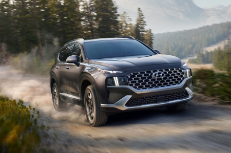 And when setting eyes for the first time upon the front-end of Hyundai's latest offering, one could also be forgiven for thinking that this SUV was designed and built on another planet in a different solar system.