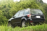 The Forester's current position in the soft-roader market puts it really close to the small SUV category. You can't really blame it  the chunky wheels and door handles, big mirrors as well as puffed-up wheel arches lend themselves to create a bigger look. The minor surgery for this year honestly feels lacking,  but stuff like these are created to last for years, not just for a season. Fair enough.