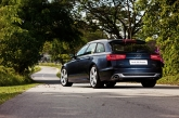 A new composite construction concept makes the body of the Audi A6 Avant highly rigid, safe and unusually light. Many components of the occupant cell are fabricated from high-strength steels. The strut braces in the engine compartment and the bolt-on body components are made of aluminium and comprise roughly 20 percent of the body. The concept represents the transition to the innovative 'Multimaterial Space Frame', with which Audi is opening a new chapter in lightweight body construction. The body of the A6 Avant is roughly 30 kilograms lighter than that of the previous model. Depending on the engine, the complete car is as much as 70 kilograms lighter than the predecessor.