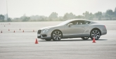 Among the fleet were the base-model Continental GT V8, the Flying Spur, the flagship Mulsanne, and of course, the Continental GT Speed with its W12 developing 620 bhp and 800 Nm of torque from 2000 rpm. The twin-turbo, 48-valve, 6.0-litre W12 is now mated to a ZF eight-speed transmission.