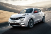Visually, the Juke Nismo sports a redesigned front fascia- a more angular front bumper with sleeker foglamps decorate the front. The car also features Juke-R inspired over-fenders to accommodate the larger wheels. The rear received a new diffuser with a Formula 1-inspired 3rd brake light(except it isnt; its too low). New wheels and lowered suspension complete the cars new look.