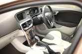 Some areas, like the floating centre console and the sculpted door-pads do provide a tinge of peppiness, but that's as far as it goes. Some parts that really appeal to me are the transparent LED illuminated gear selector, massive full-length glass roof and the fully digital dashboard instrument cluster (which has a switchable colour mode function to suit your mood - see photos below) featuring a high resolution TFT screen. In terms of space, the V40 Cross Country T4 can comfortably seat four adults and carry a substantial amount of stuff with its 335 litres boot.